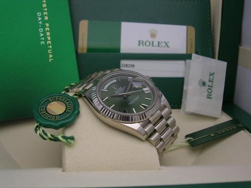 ROLEX DAY-DATE 228239  2016 GREEN ROMAN DIAL