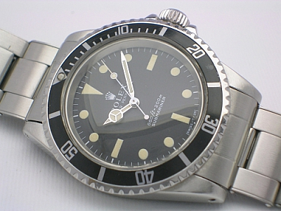 ROLEX SUBMARINER 5513 1971 BOX/PAPERS